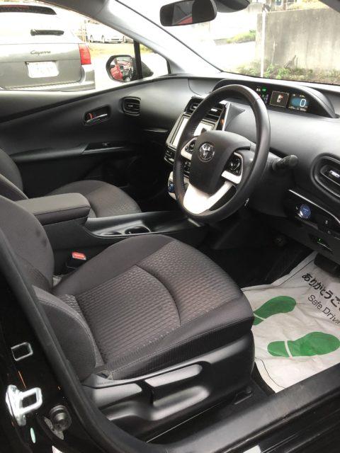 トヨタ プリウス1.8S セーフティプラス