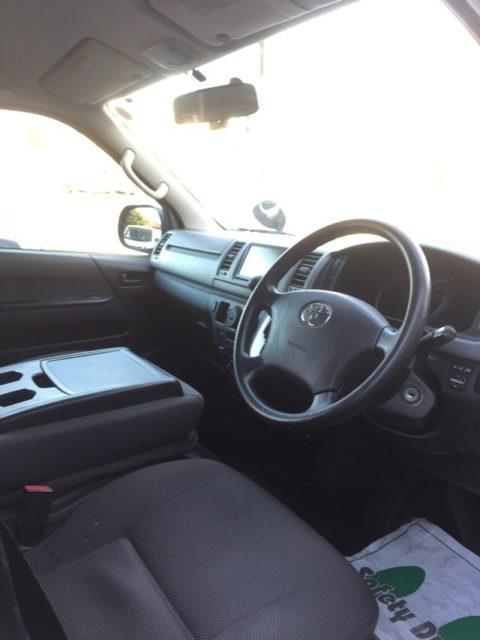 トヨタ ハイエースバン 2.0DXロングGLパッケージ仕様車