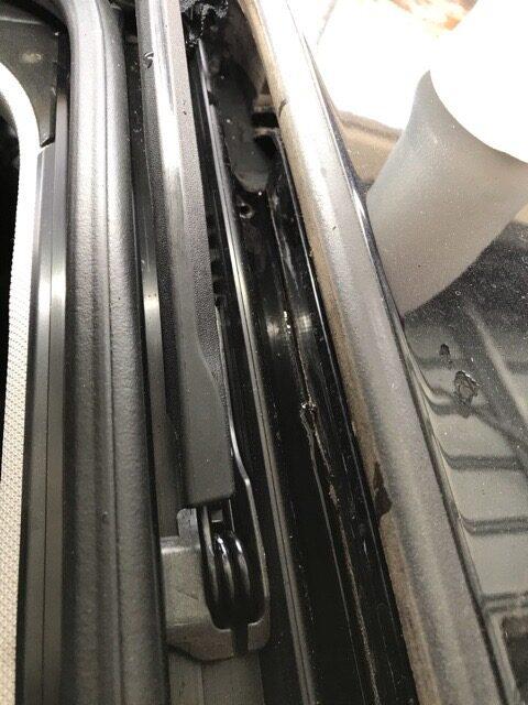 ティグアン サンルーフ水漏れ修理