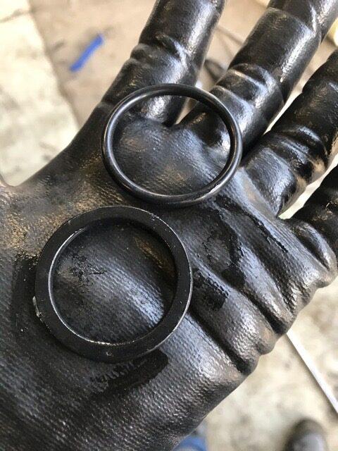 レガシィ クーラント漏れ修理